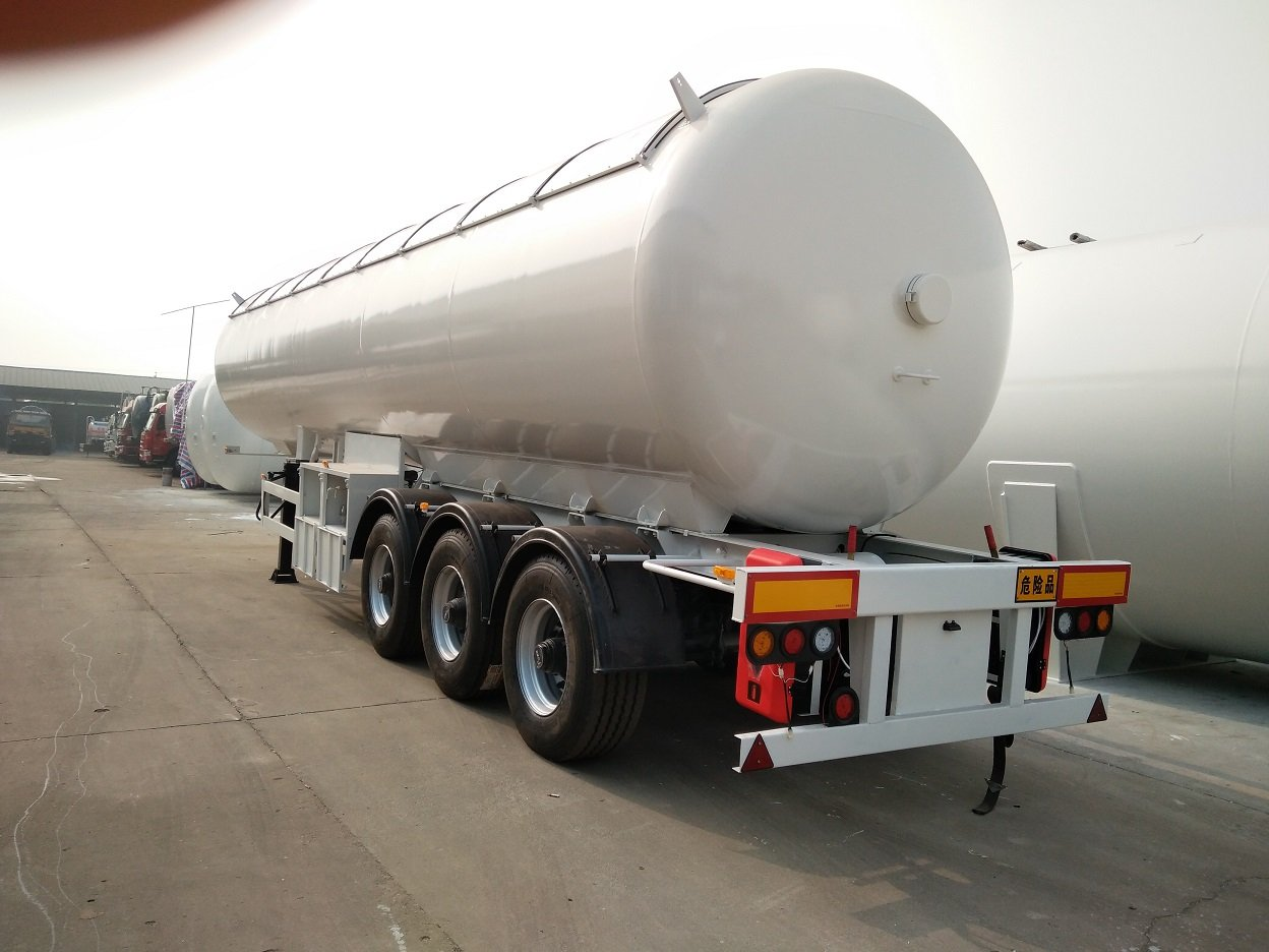 Air Suspension 3-Axle 49.6CBM 50000Liters 25MT 25Tons 25T LPG Tanker Semi Trailer