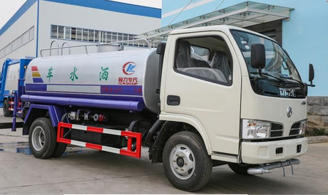 Dongfeng 5tons LHD 4*2 Water Tank Truck